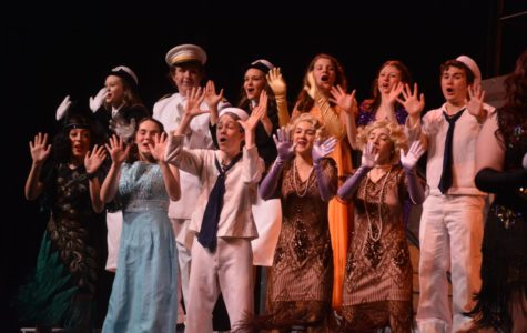 """PHOTO GALLERY: """"Anything Goes"""" opening night"""