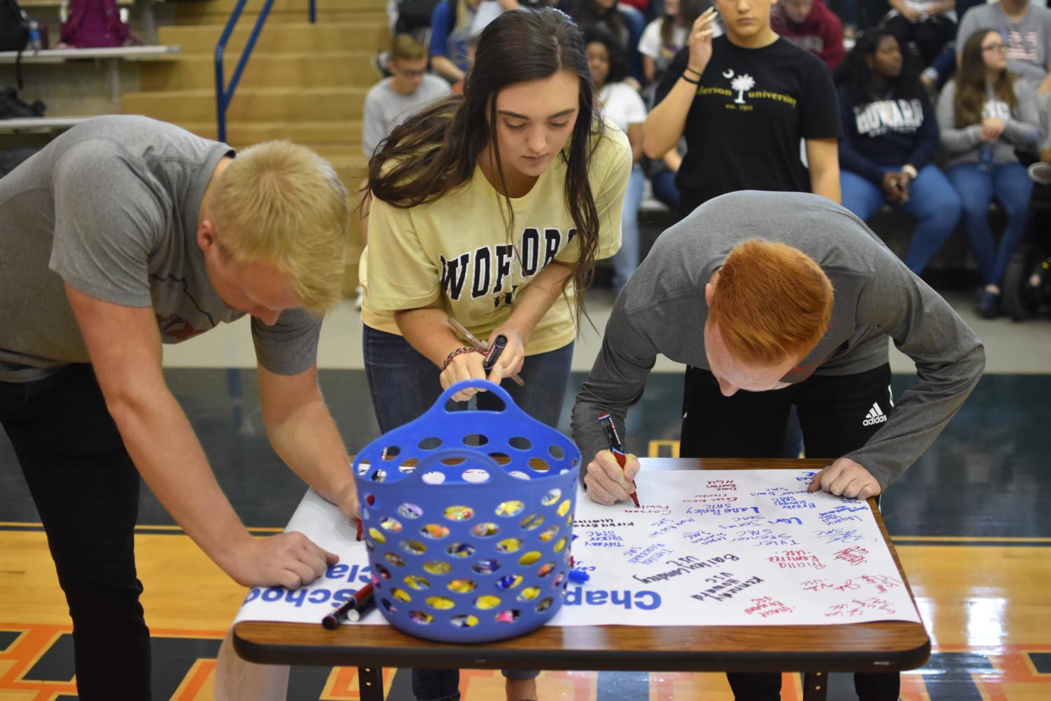 Hallie+Souther+signs+to+Wofford+College.+