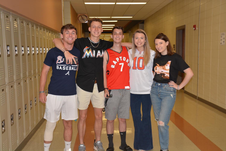 Seniors+Brandon+Adams%2C+Chad+Smith%2C+Dale+Barron%2C+Kristen+Knox+and+Ella+Brown+