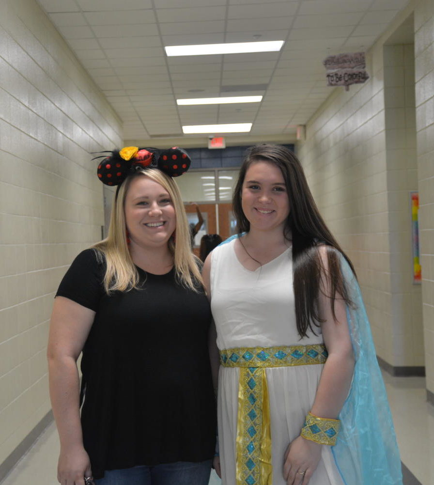 Mrs.+Burnett+and+freshman+Mikayla+Zirpel