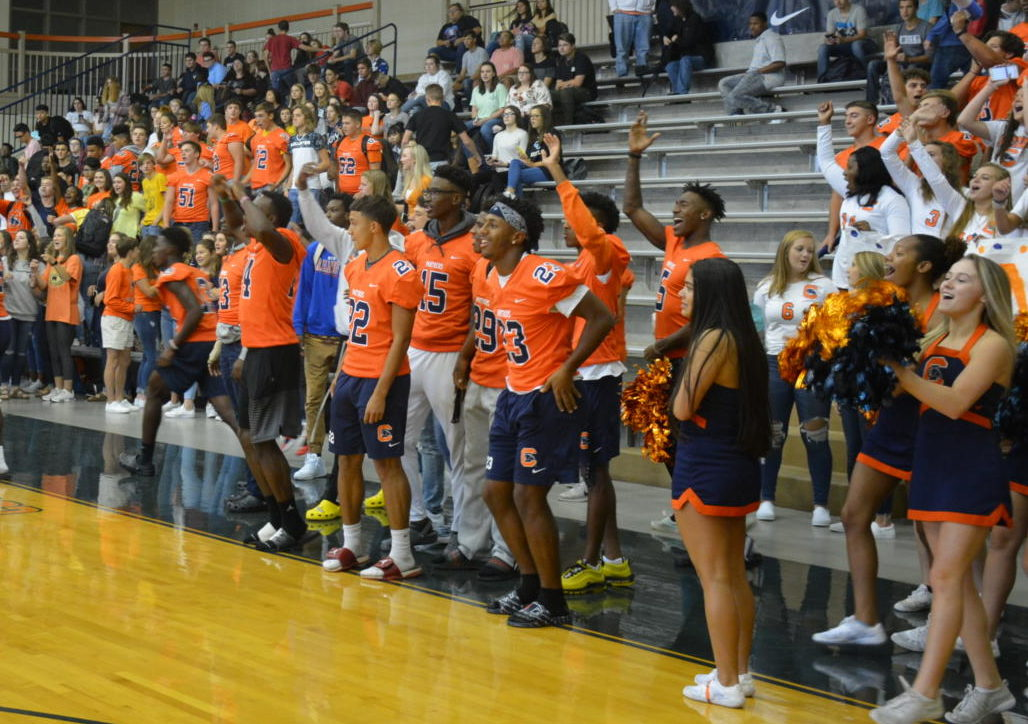 Senior+students+getting+ready+to+kick+off+the+pep+rally.