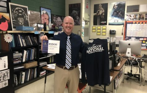 Hollis wins national yearbook adviser award